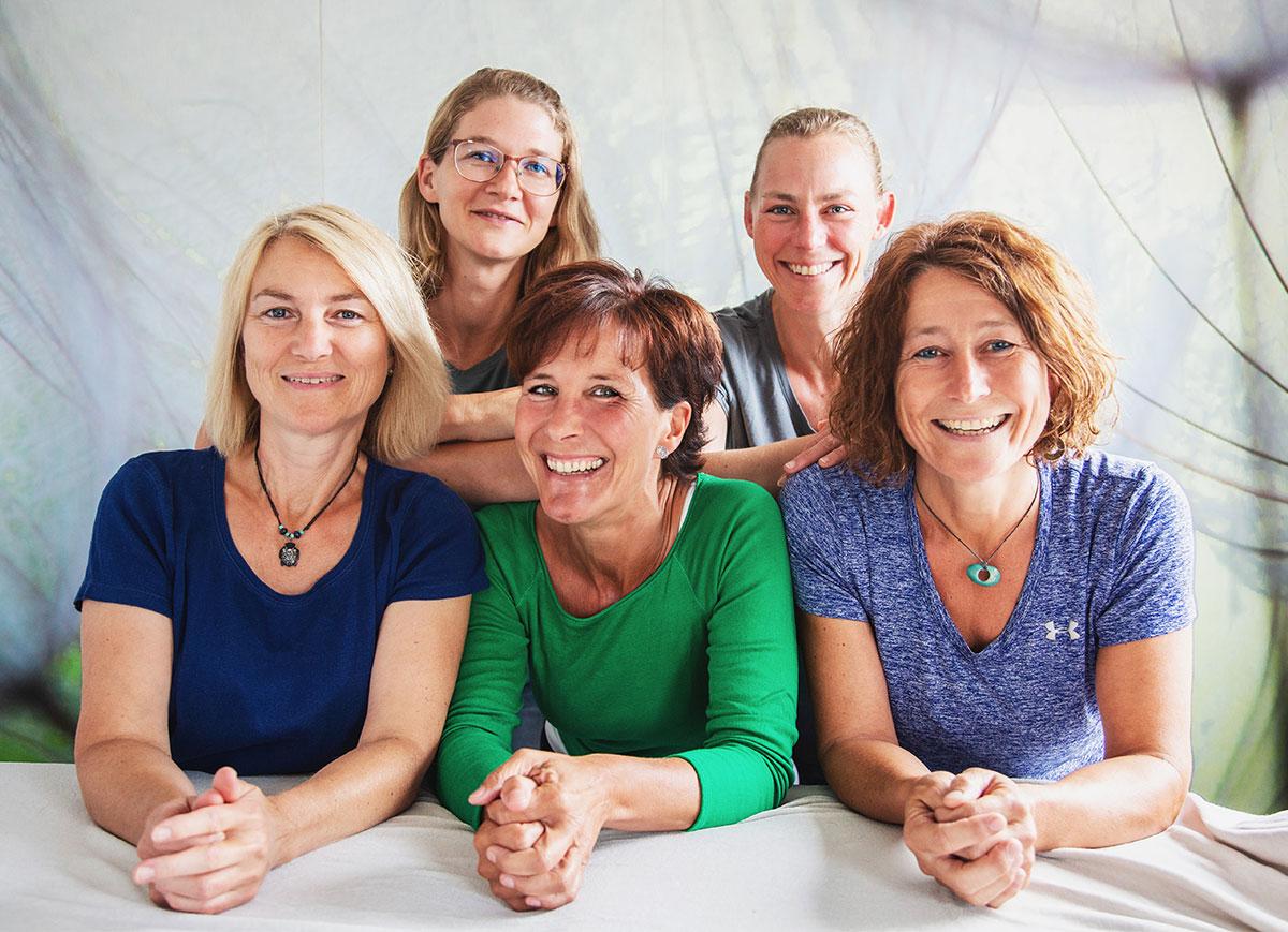 Naturheilpraxis Corinna Menke - Waldenburg - Osteopathie - Homöopathie - Physiotherapie - Naturheilverfahren - Lymphdrainage - Akupunktur - Spezielle Therapieangebote - Zusatztherapie - Team